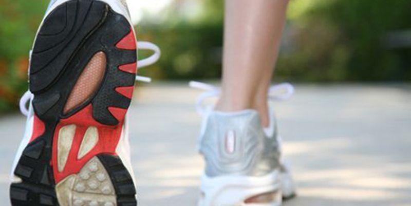 Короткі прогулянки пішки продовжують життя