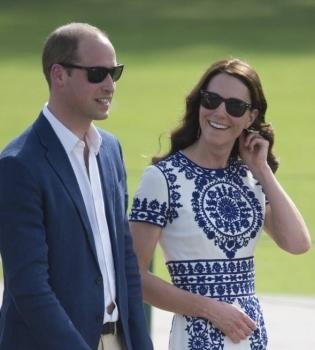 В сети появился новый официальный портрет Кейт Миддлтон и принца Уильяма (Фото)