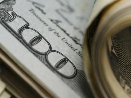 Міжбанк відкрився на рівні 26,97/27,07 грн за дол.