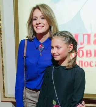 Елена Кравец рассказала, какой подарок сделала старшей дочери на 14-летие (Фото/Видео)