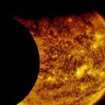 У мережі з'явилося відео минулого сонячного затемнення