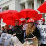 [:ru]Итоги 03.03: Ответная блокада, марш секс-работницСюжет[:uk]Підсумки 03.03: Відповідна блокада, марш секс-работницСюжет[:]