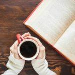 Порошенко назвал лауреатов премии Украинская книга года