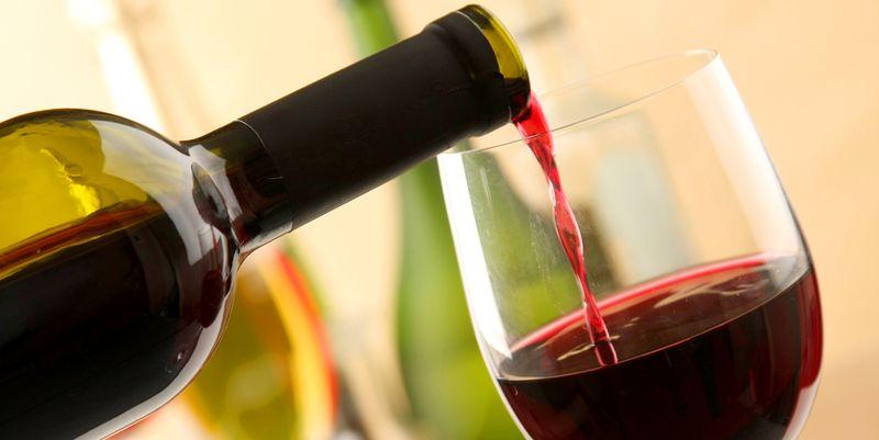 Этот алкогольный напиток может защитить ваши нервные клетки
