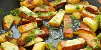 Медики назвали головну небезпеку смаженої картоплі