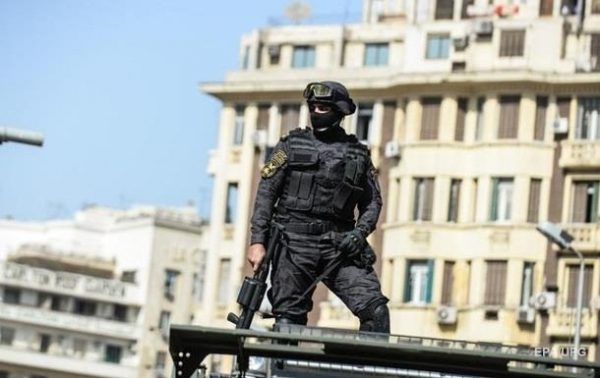 Підсумки 14.07: Різанина в Єгипті і обшуки в ВестяхСюжет