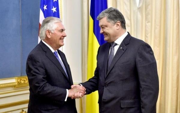 Підсумки 09.07: Тіллерсон в Києві та техніка НАТО Сюжет
