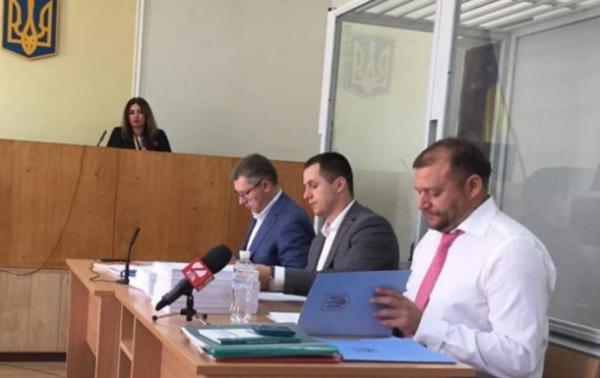 Підсумки 15.07: Суд над Добкіним, СМС від ВороненковаСюжет