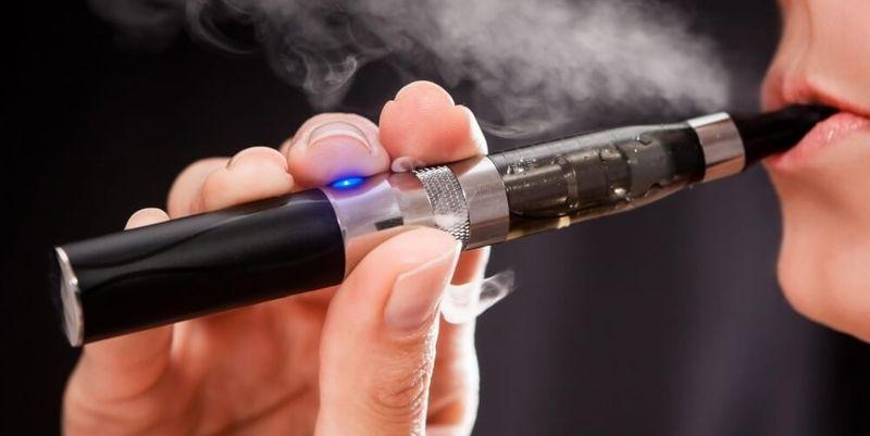 Ученые предупредили, что электронные сигареты очень опасны для здоровья