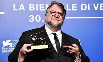 Гильермо дель Торо получил высшую награду Венецианского фестиваля