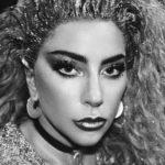 [:ru]Леди Гага расстроила фанатов располневшей фигурой[:uk]Леді Гага засмутила фанатів розповнілий фігурою[:]