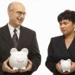 В Госстате сравнили зарплаты мужчин и женщин