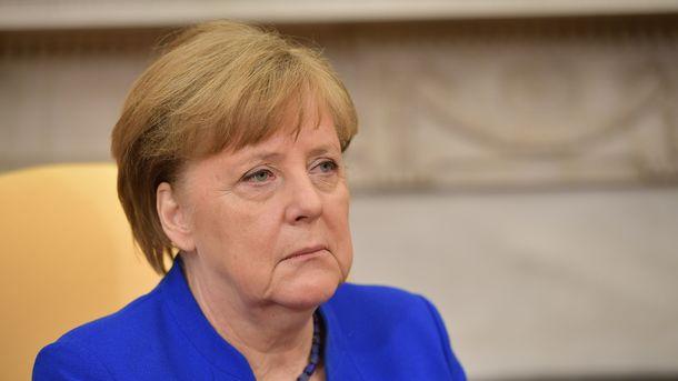 Меркель з Трампом поговорили і про Україну