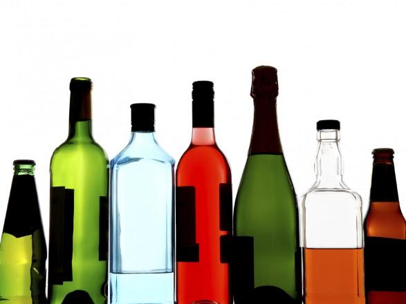Украинцы увеличили расходы на украинский алкоголь