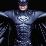 Бэтмена впервые наделили пенисом