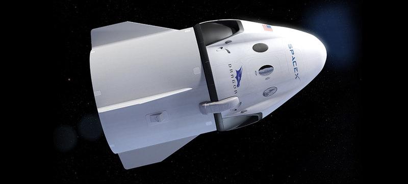 Перший пілотований політ корабля SpaceX перенесли