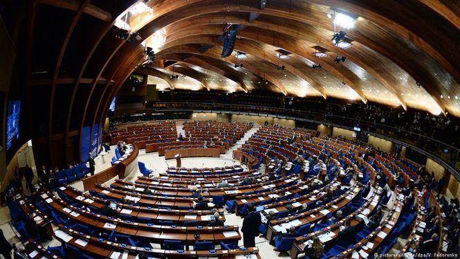 Постанова депутатів ВР засудило повернення РФ в ПАРЄ. Чому в Раді Європи готові пом'якшити ставлення до Росії
