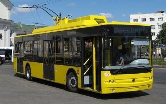У центрі Києва 7 жовтня обмежать рух транспорту і вхід на трьох станціях метро