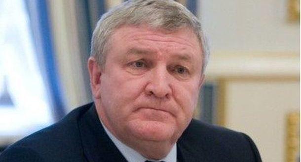 Суд дозволив затримати колишнього міністра оборони України