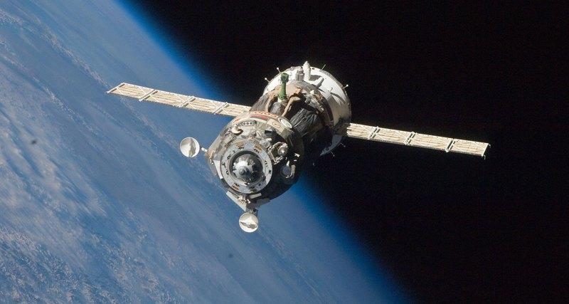 NASA не сможет летать на МКС без «Союза»