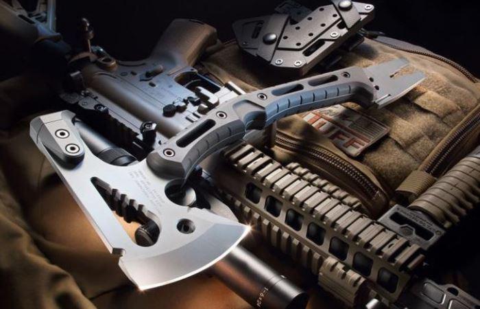 Многофункциональный топор, который заменит целый ящик инструментов