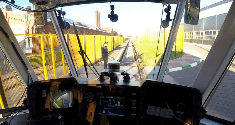 Первый беспилотный трамвай выходит на маршрут в Москве