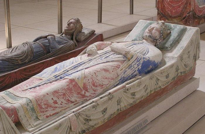 Зачем парфюмеры нюхали останки Жанны д`Арк, и как король Анри нашел свою голову: Судмедэксперты на службе истории
